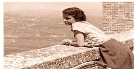 Biography of Rosalind Franklin - Assignment Point