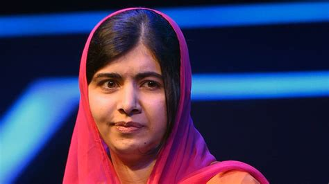 Malala Yousafzai Attends First Lecture at Oxford | InStyle