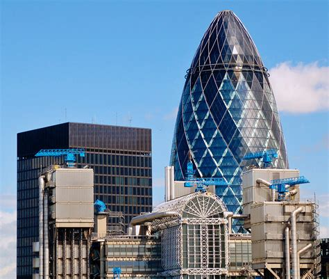 The Gherkin and the Lloyd's Building | City of London