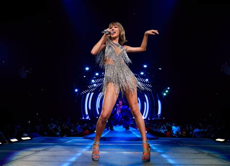 When Do Taylor Swift Reputation Tickets Go on Sale