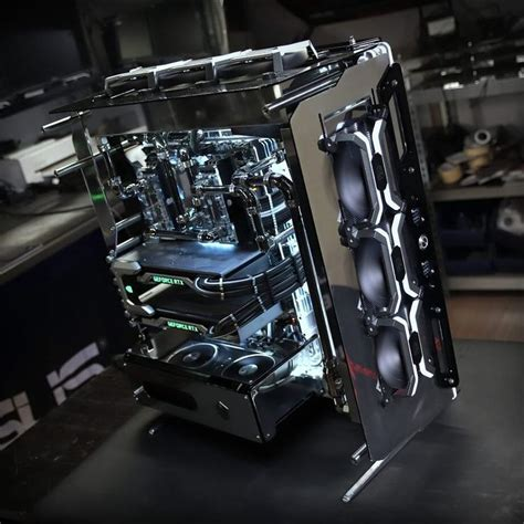 A monstrous, modded gaming build featuring two RTX 2080's